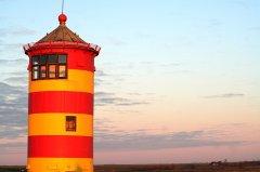 BU_Greetsiel_-_Pilsumer-Leuchtturm.jpg